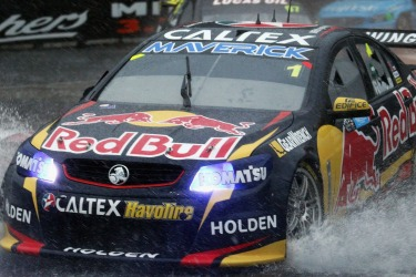 V8 Supercars choose safety over a spectacle at Sydney 500