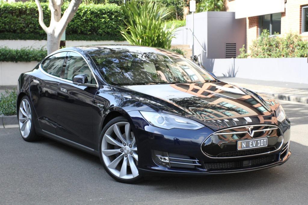 The Tesla Model S P85 is eerily quiet.