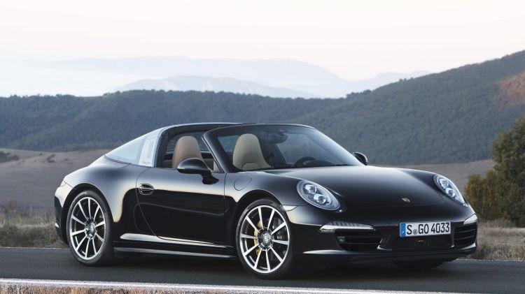 Porsche 911 Targa 4S new car review