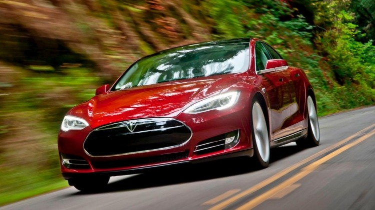 Tesla claims its Model S will be capable of driving without human input by later this year.