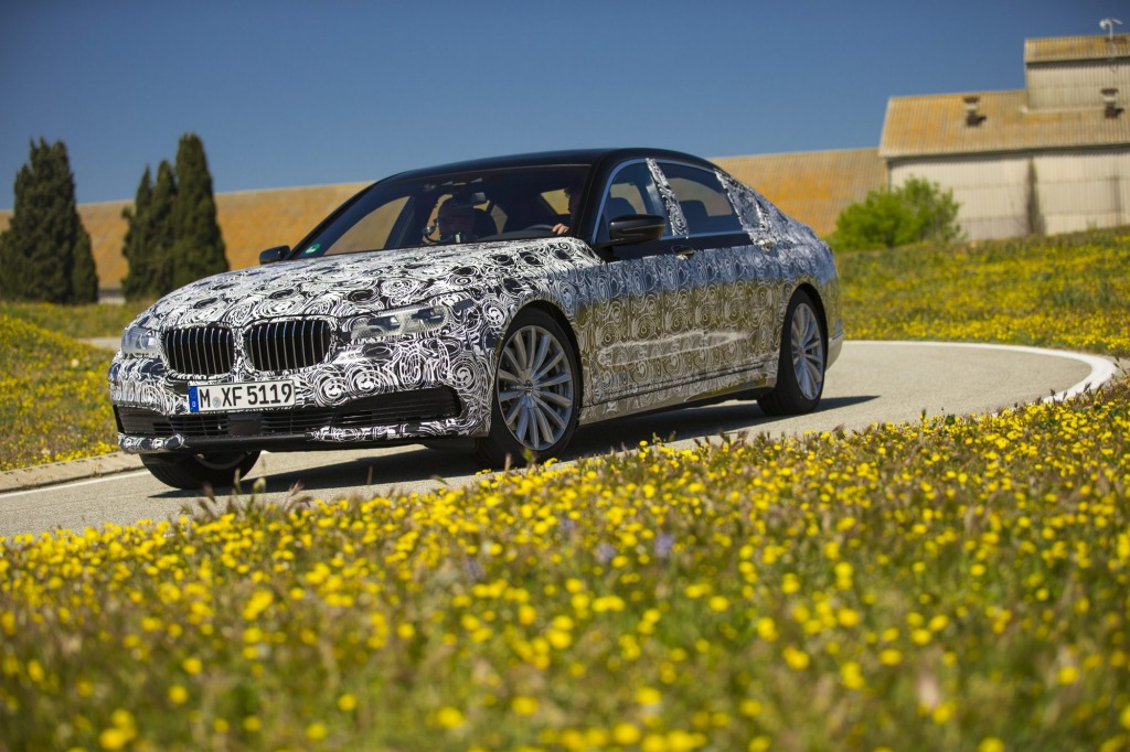 Sixth-generation BMW 7-Series brings a host of new technologies to the luxury class