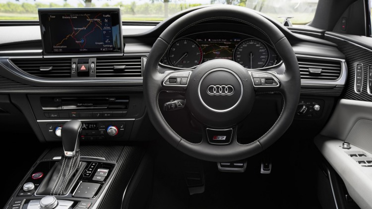 In typical Audi fashion the interior of the S7 Sportback is luxurious and sporty.