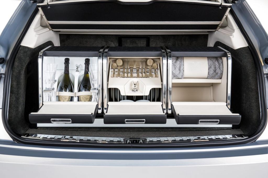 Bentley Bentayga Picnic Kit