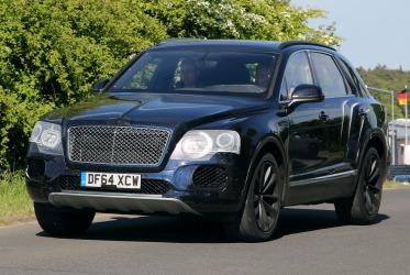 Bentley considering Porsche Macan rival