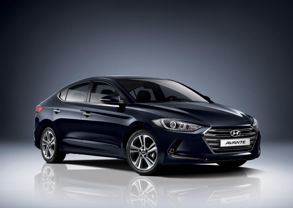 Hyundai has unveiled its 2016 Elantra sedan.