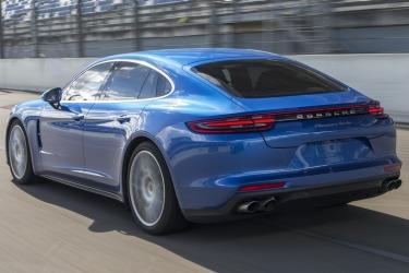 Porsche plans twin Panamera hybrids