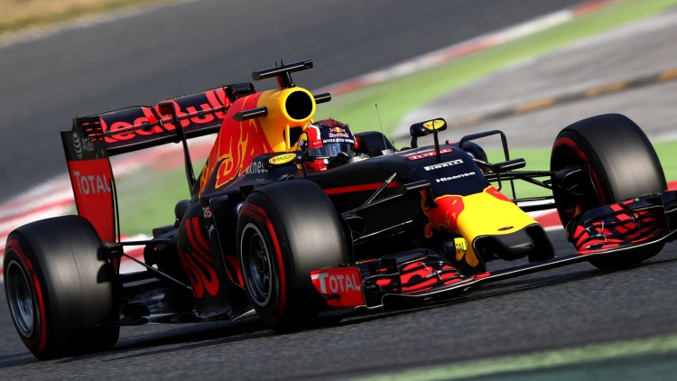 F1 team Red Bull Racing will help Aston Martin develop the new road-going supercar.