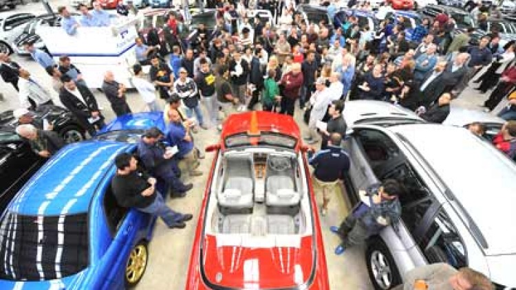 Pickles Auction of luxury cars in Sunshine, Victoria