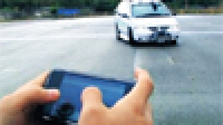 Remote-control car for grown-ups