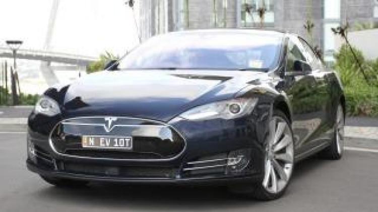 Tesla Model S P85 new car review