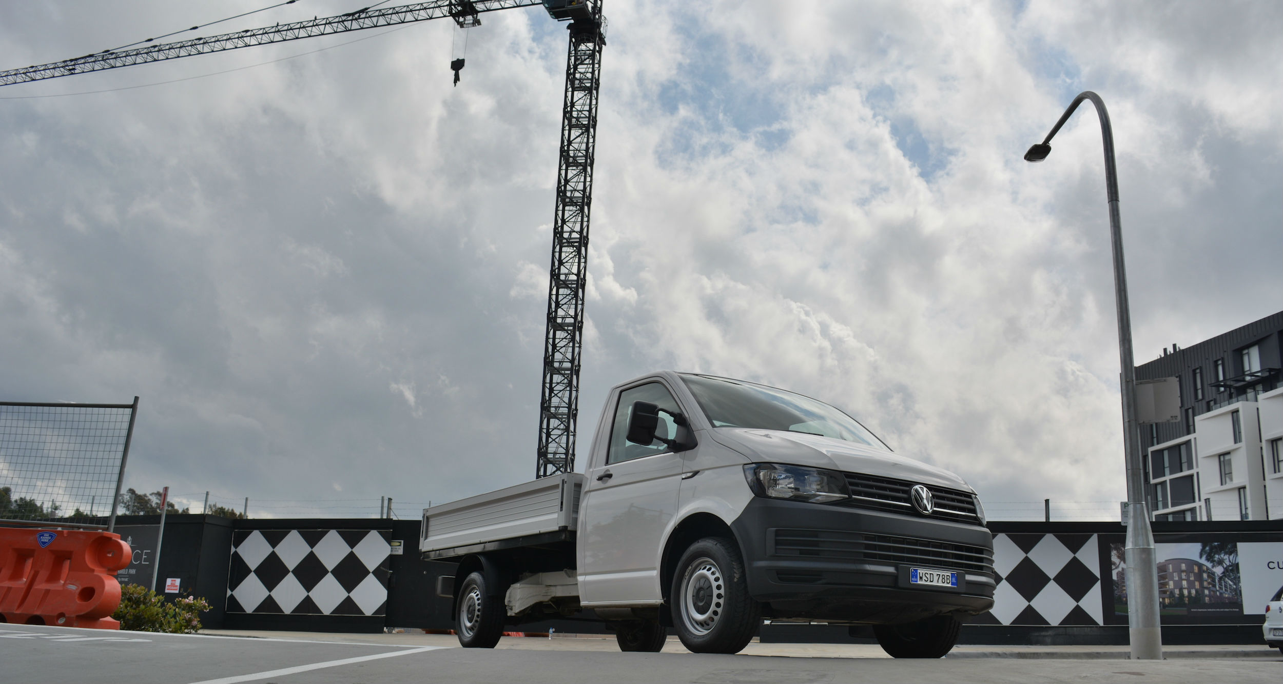 2016_volkswagen_transporter_340tdi_single_cab_chassis_review_05