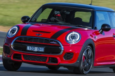 Mini introduces JCW option packages