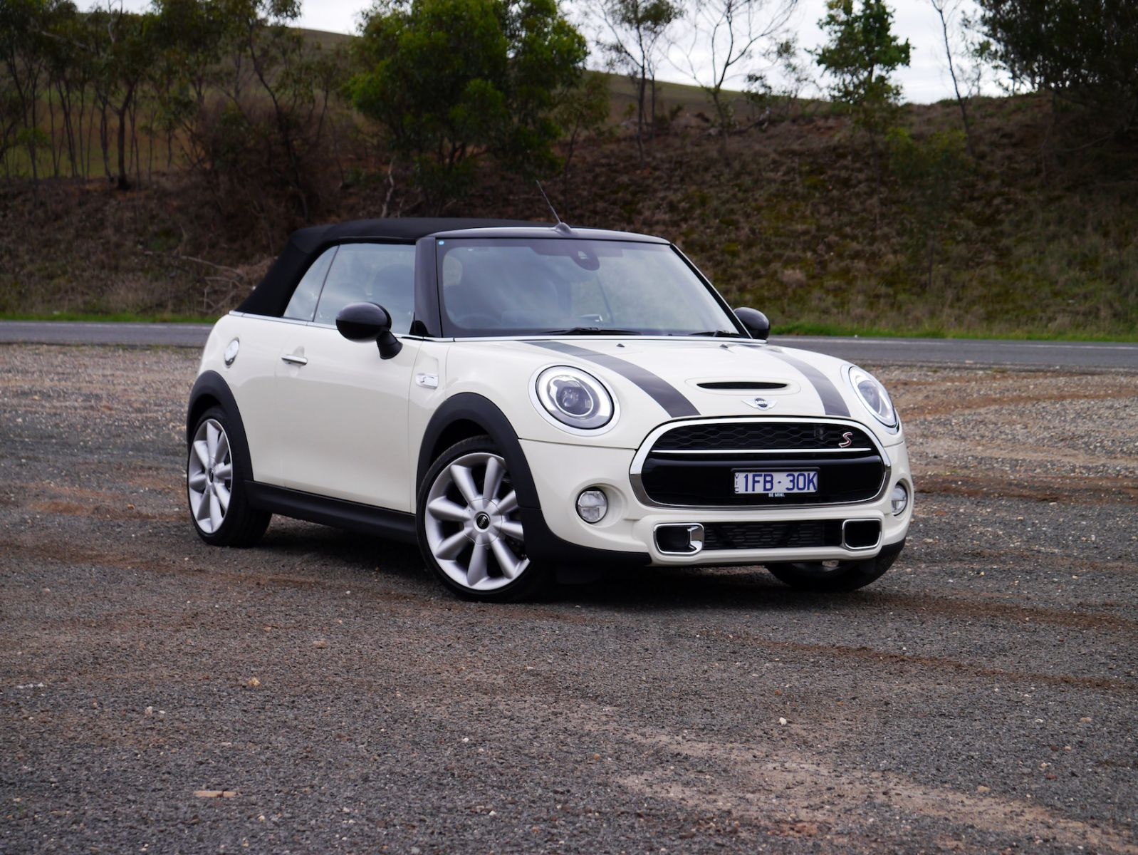 2016 MINI Cooper S Convertible REVIEW | Price slashed, But Fun-Factor Intact