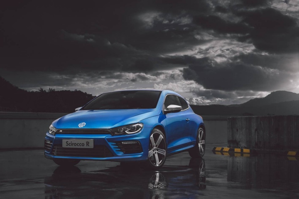 Cheaper than before: the range-topping Scirocco R offers a strong value proposition in 2015.
