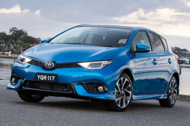 Toyota Corolla ZR hatch road test review