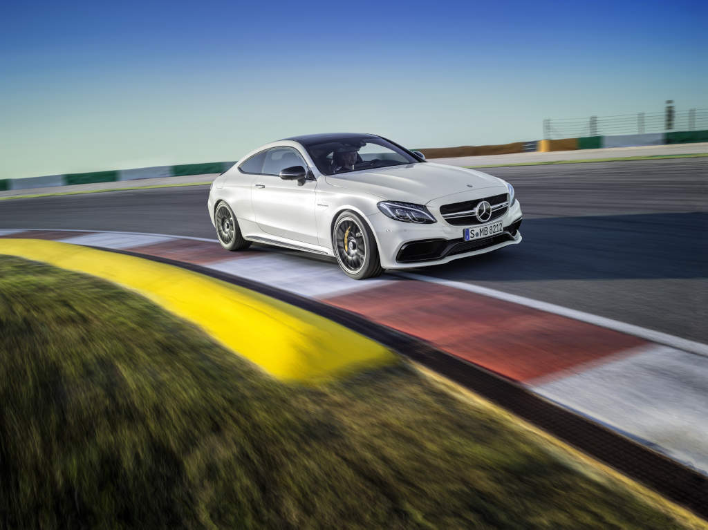 2016_mercedes_amg_c63_coupe_14
