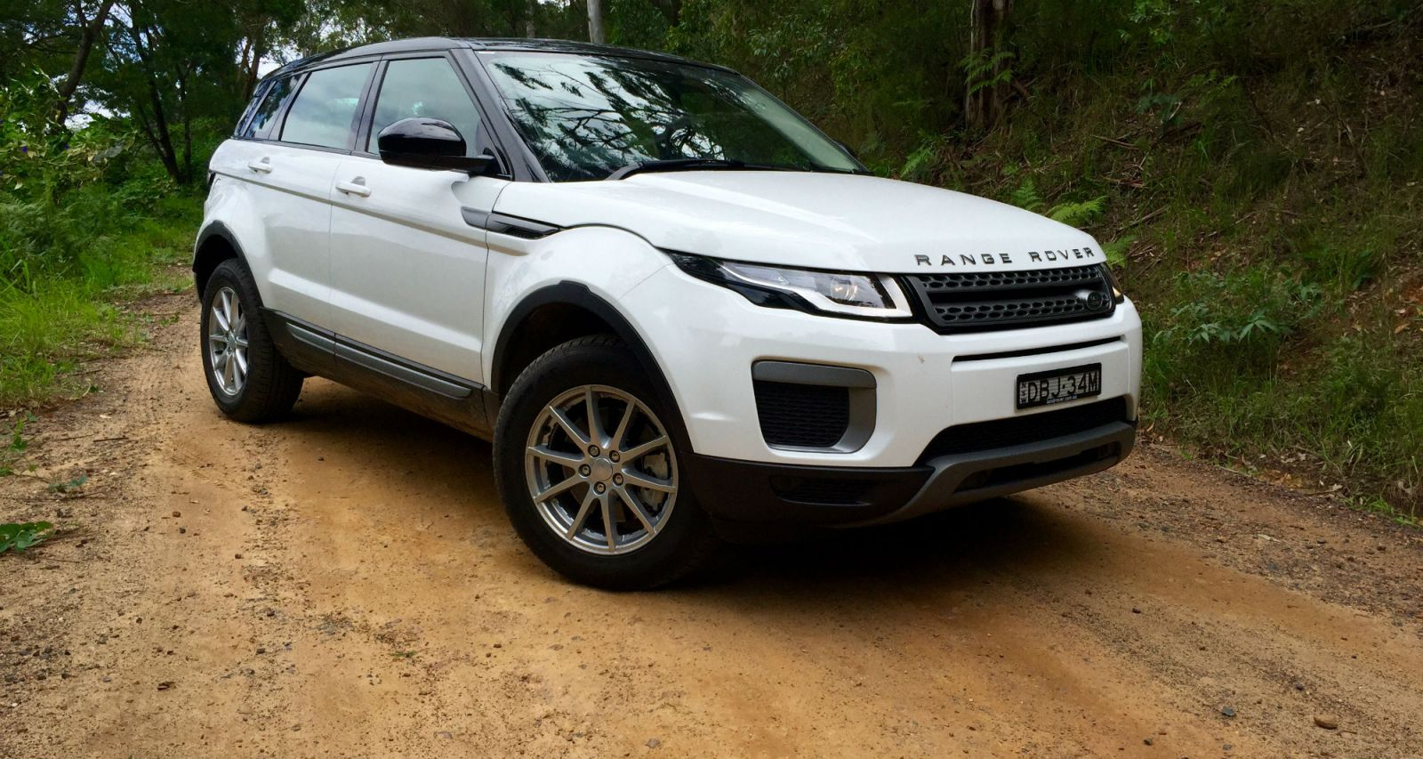 2016 Range Rover Evoque TD4 150 Pure REVIEW, Price, Features | Fashionista Style, But A Tad Slow