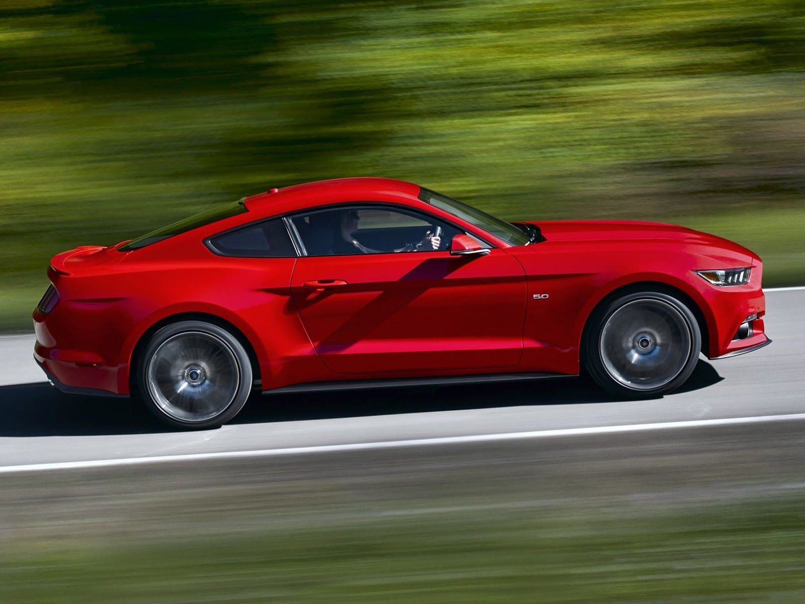 2014_ford_mustang_overseas_09a