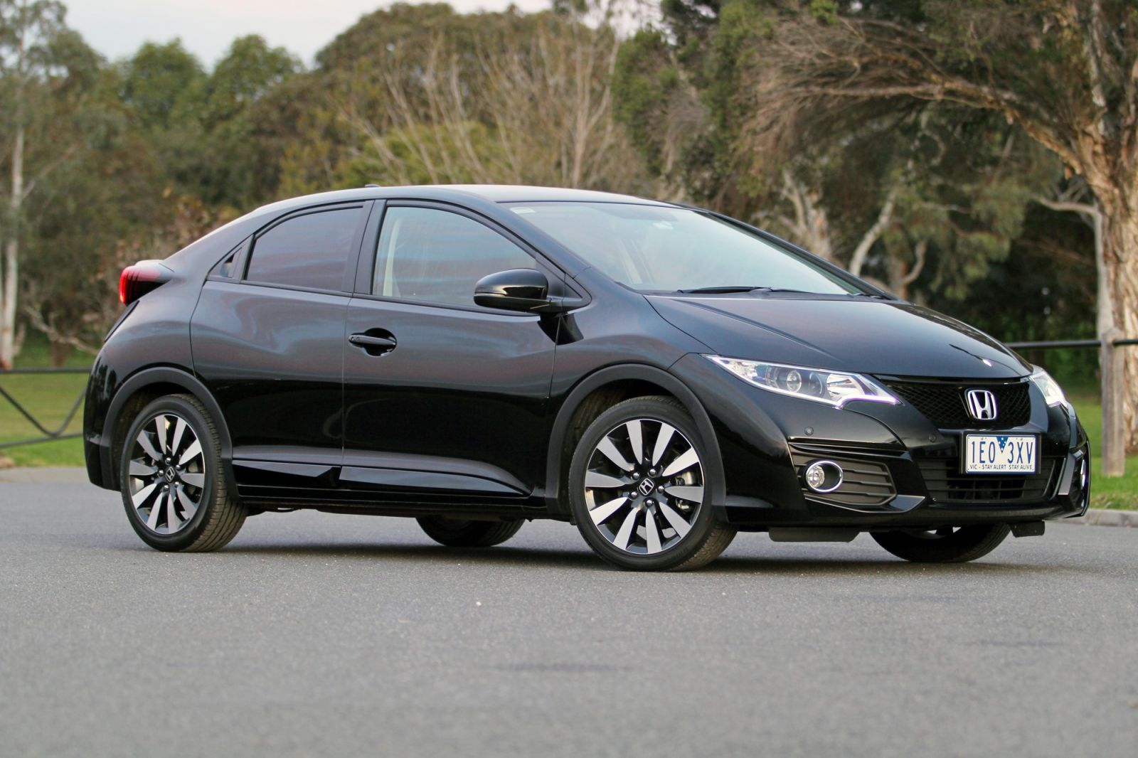 2015 Honda Civic VTi-LN Review: The Price Is Right? Wrong...