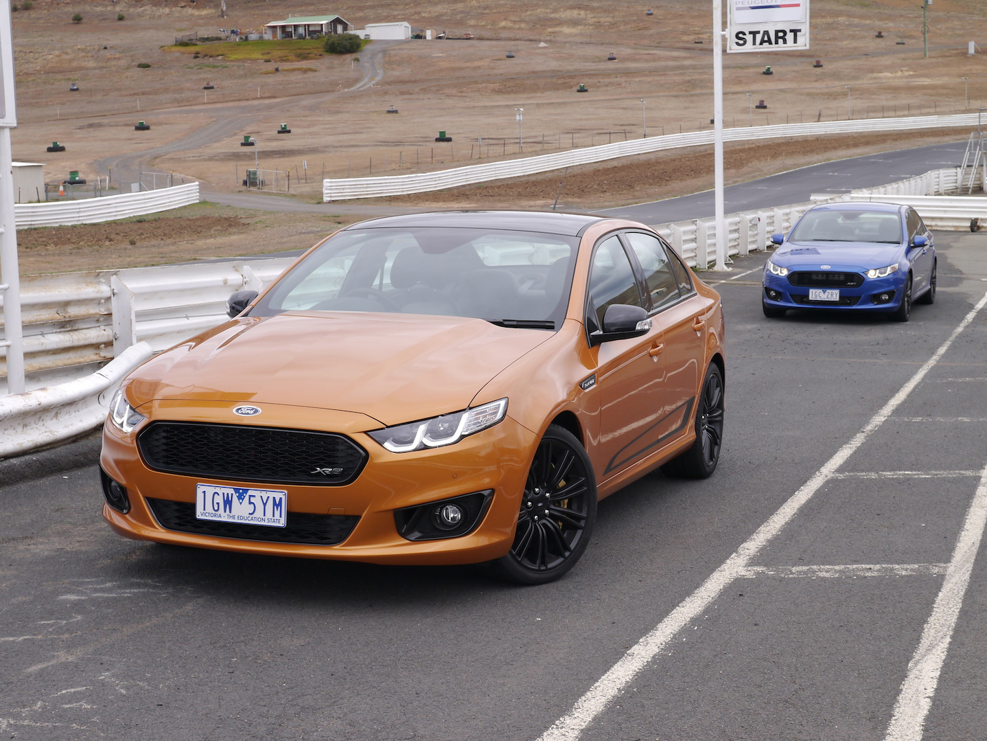 2016 Ford Falcon XR6 Sprint and XR8 Sprint REVIEW | Ford's Local Hero Gets The Send Off It Deserves