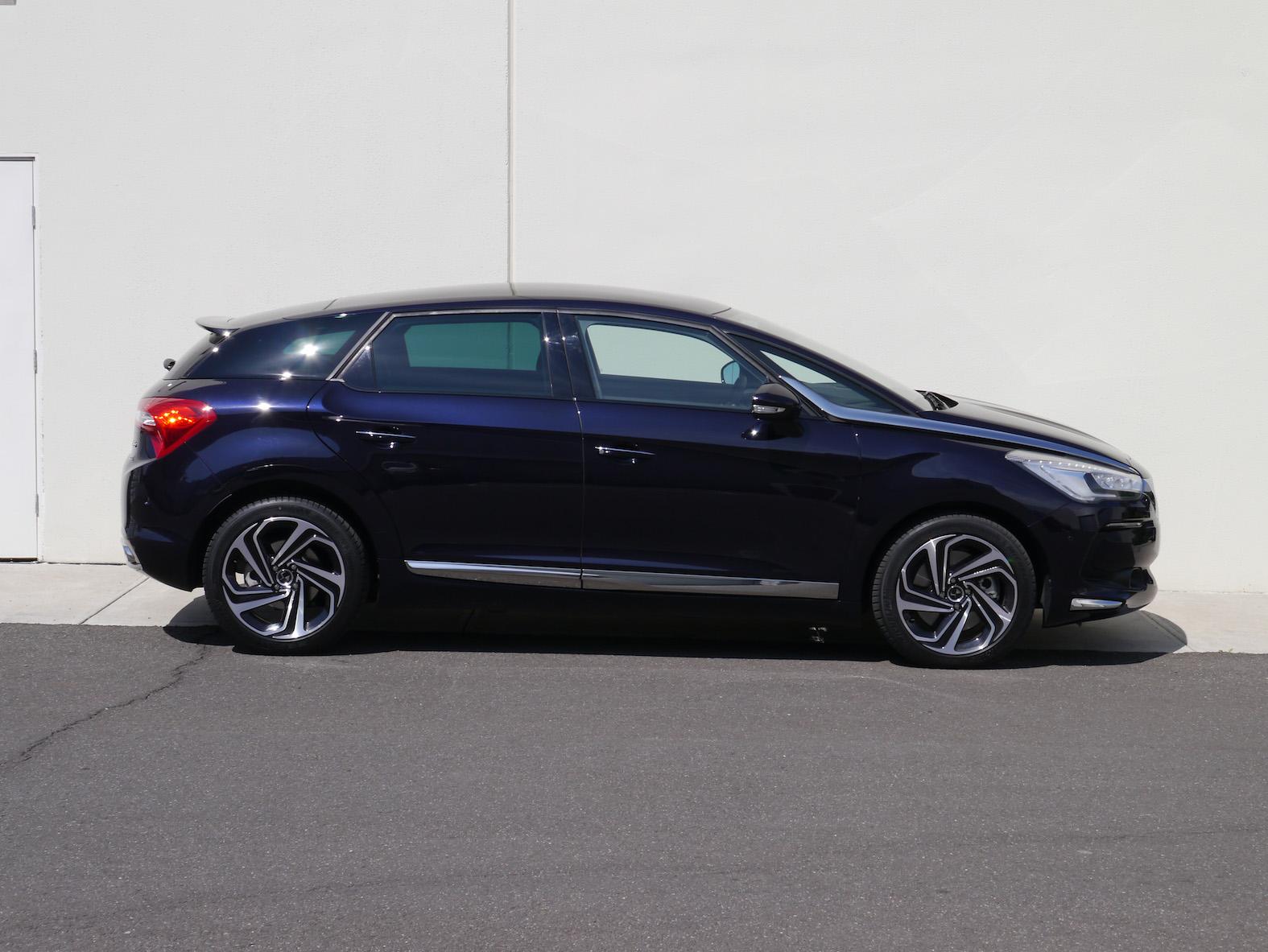2015_ds_automobiles_ds5_review_15