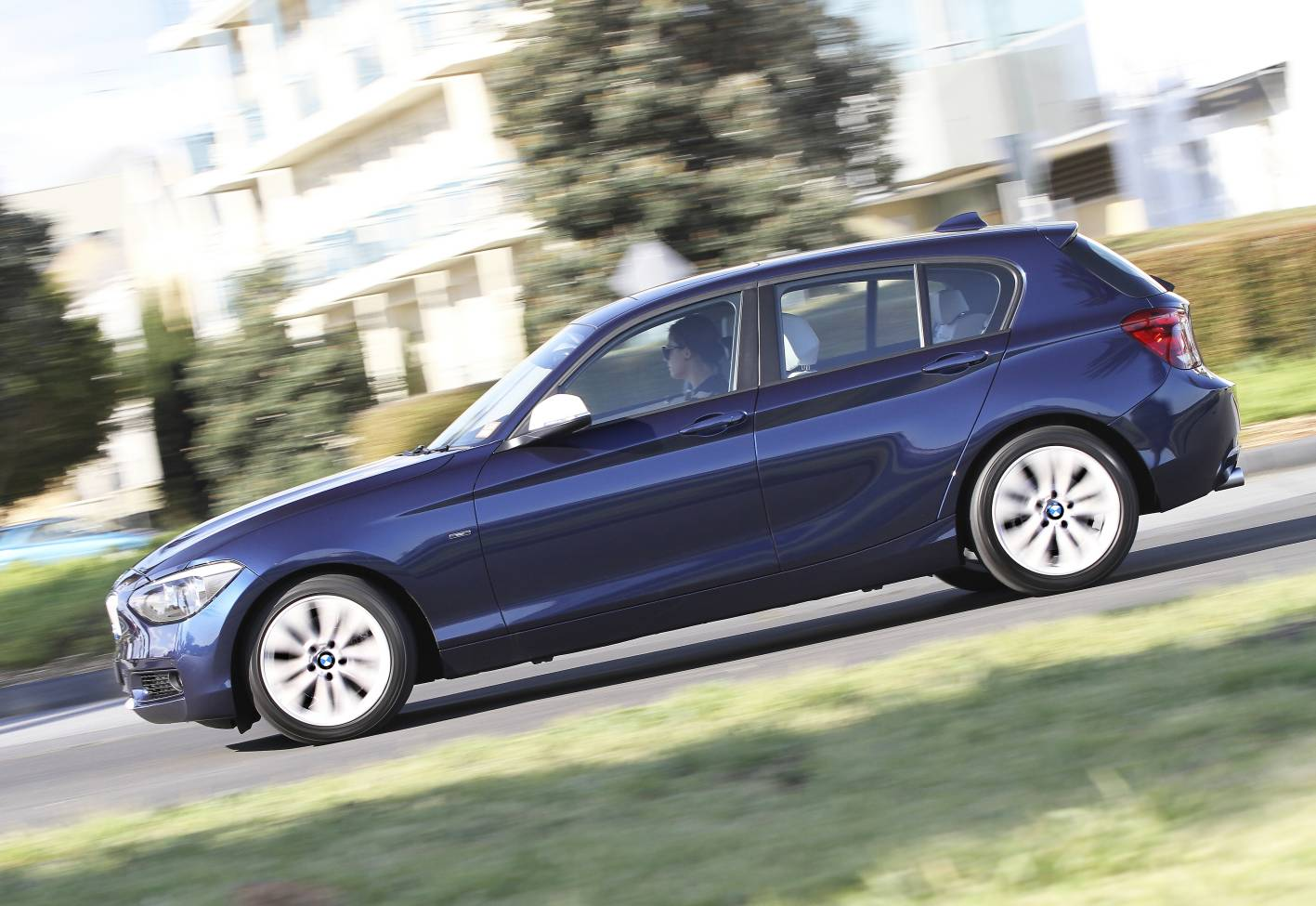 2012_bmw_1_series_press_photos_02_118i_sport_03