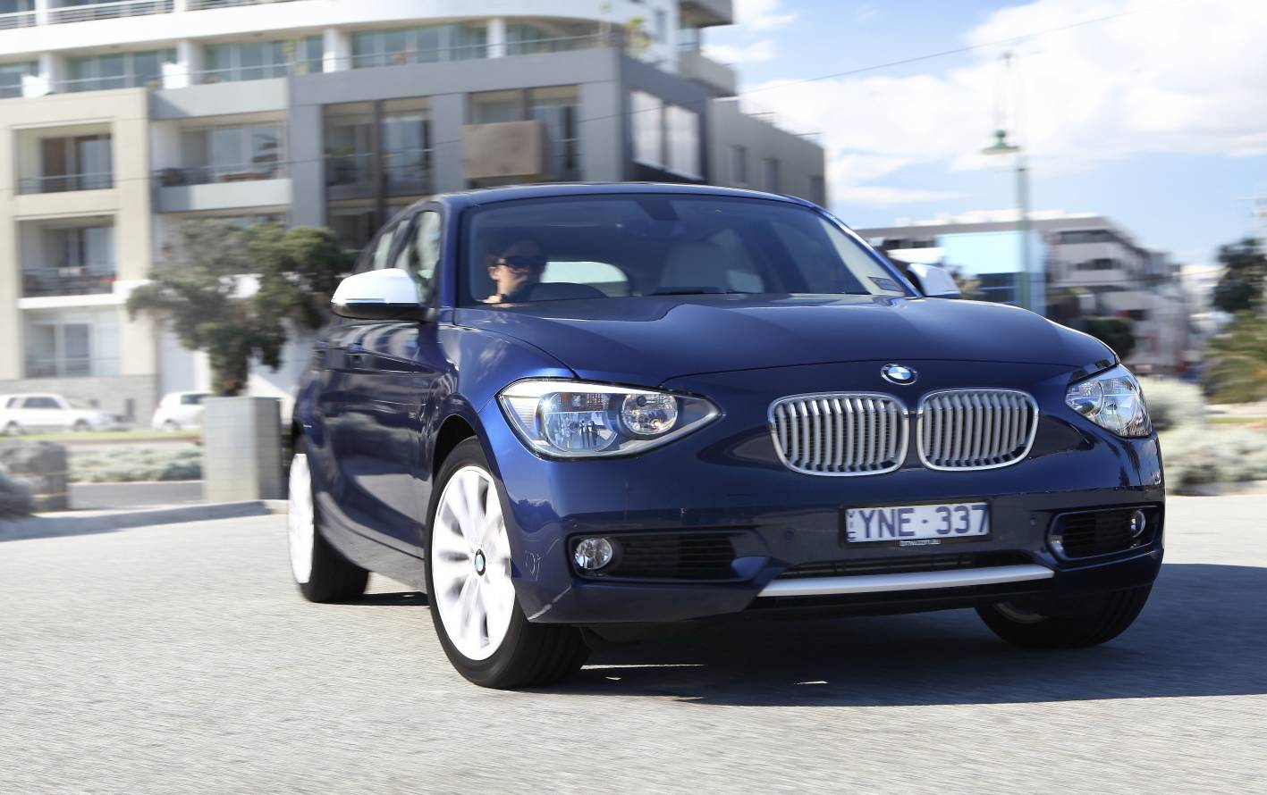 2012_bmw_1_series_press_photos_02_118i_sport_01