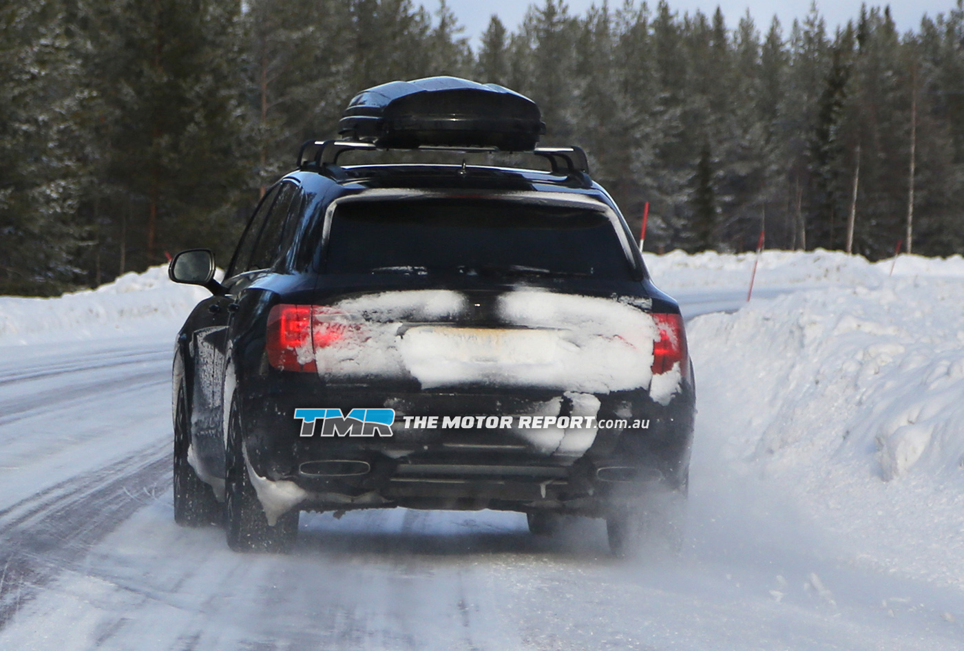 2016_bentley_suv_spy_photos_18