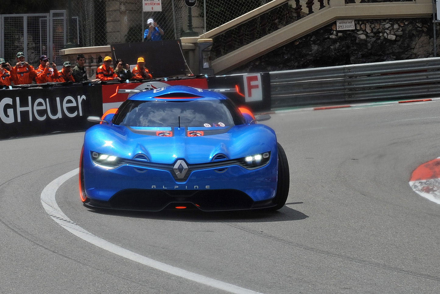 2012_renault_alpine_a110_50_concept_official_29