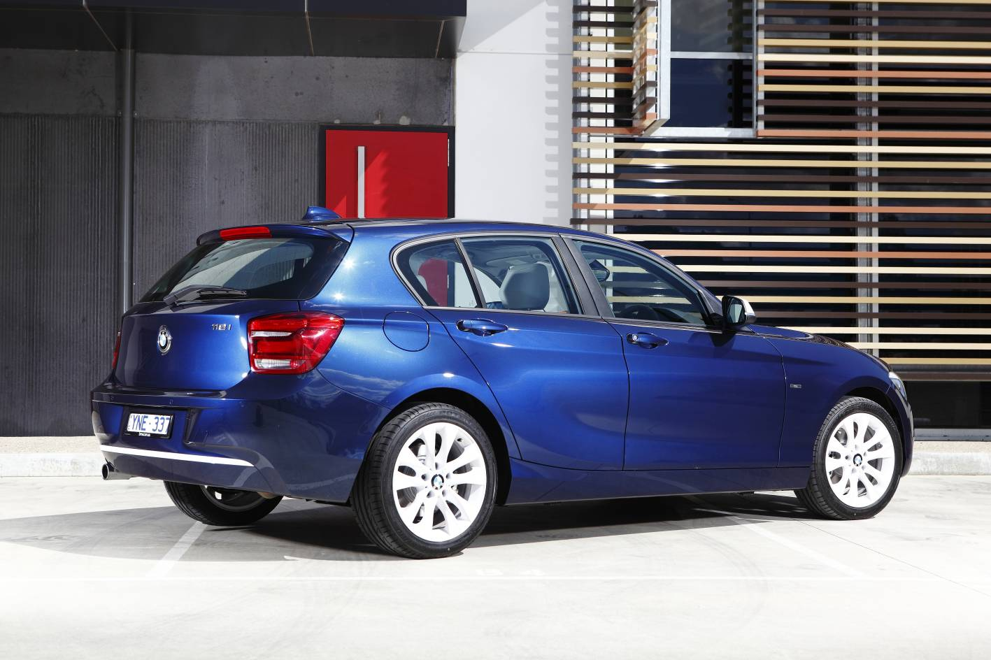 2012_bmw_1_series_press_photos_02_118i_sport_06