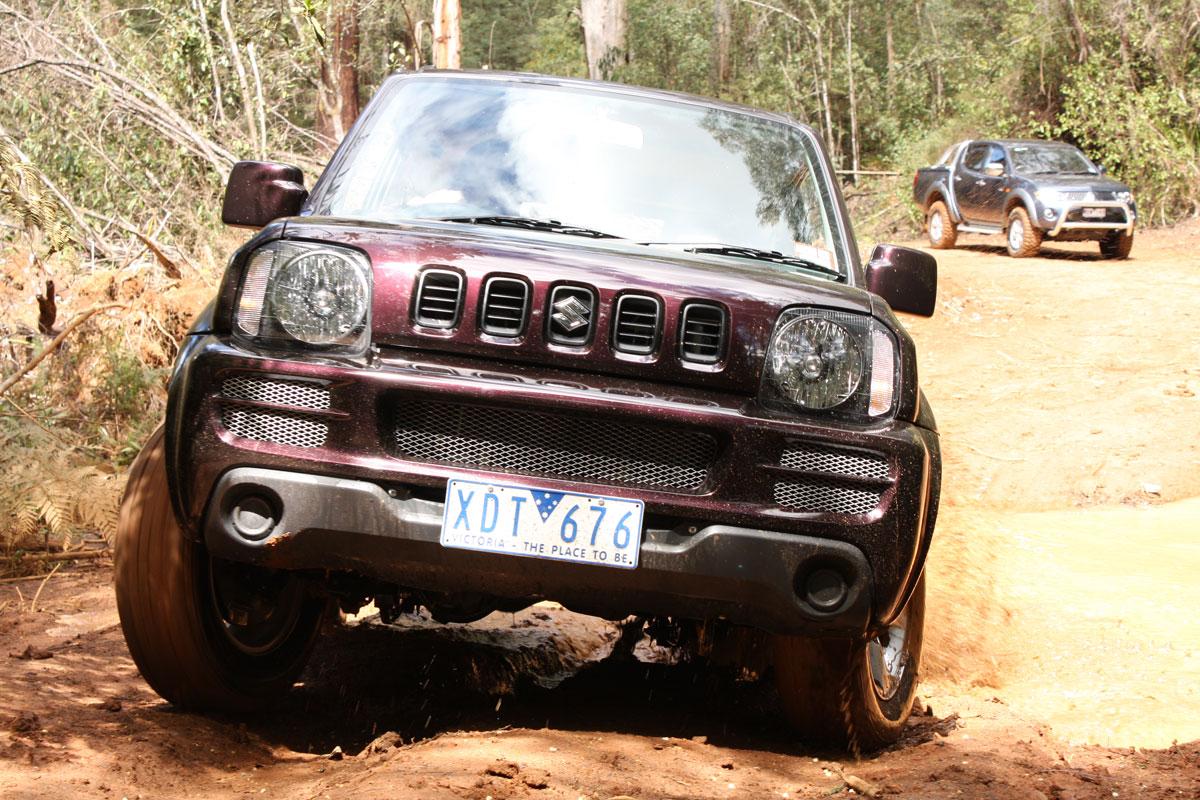 2009_suzuki_jimny_sierra_road-test-review_23.jpg