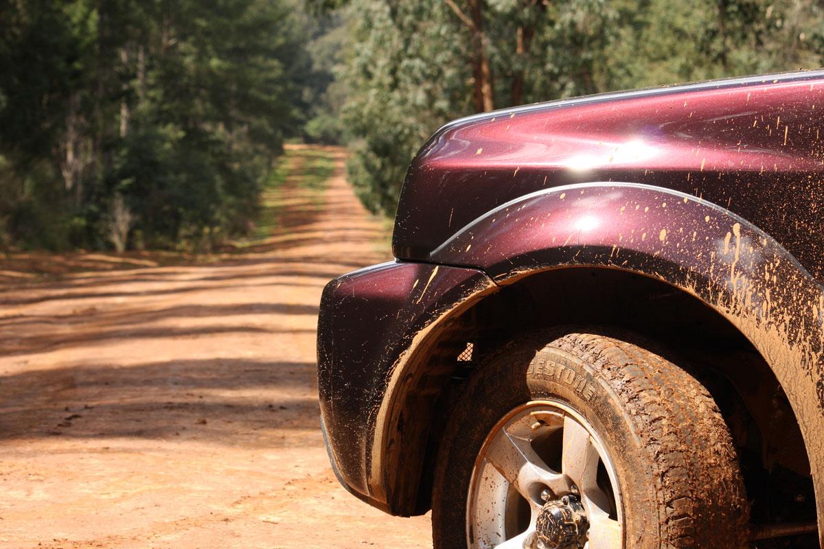 2009_suzuki_jimny_sierra_road-test-review_01.jpg