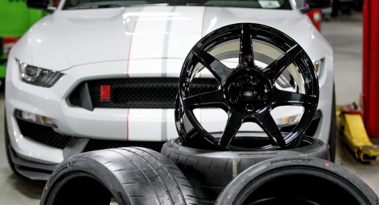 Ford Shelby Mustang GT350R To Wear Australian Made Carbon-Fibre Wheels