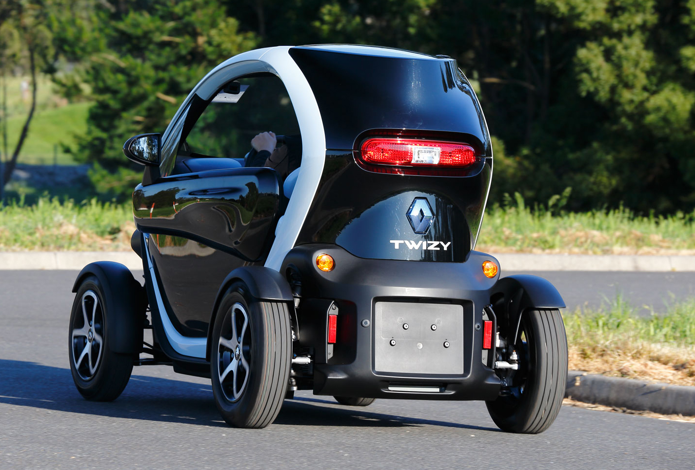 2014_renault_twizy_review_12