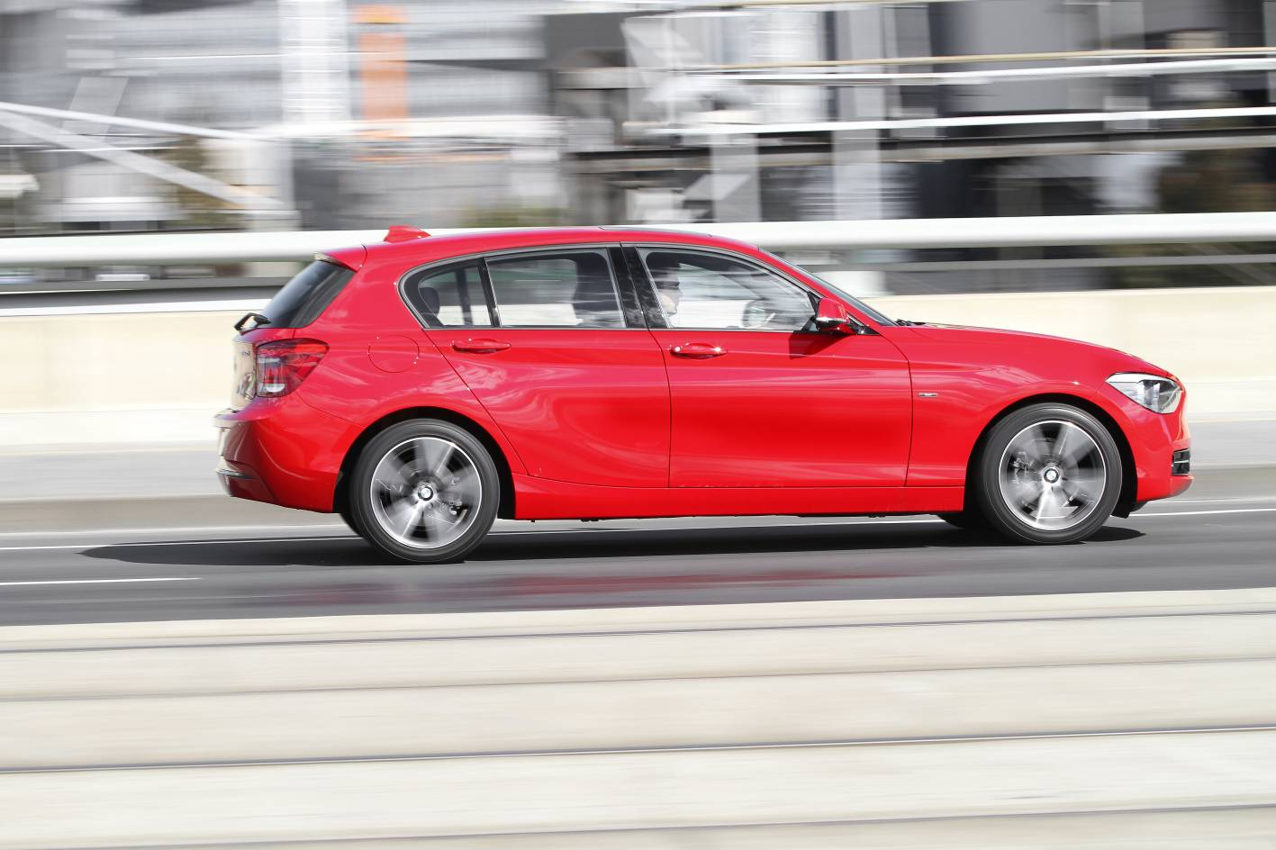 2012_bmw_1_series_press_photos_01_118d_03