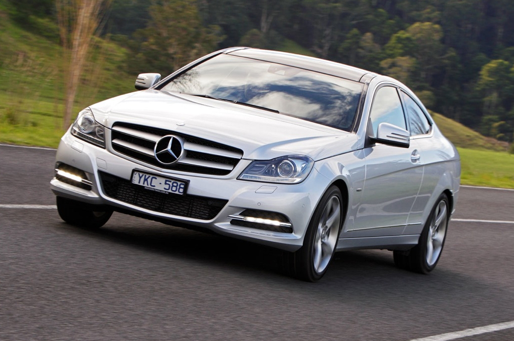 2012_mercedes_benz_c_class_coupe_australia_04c