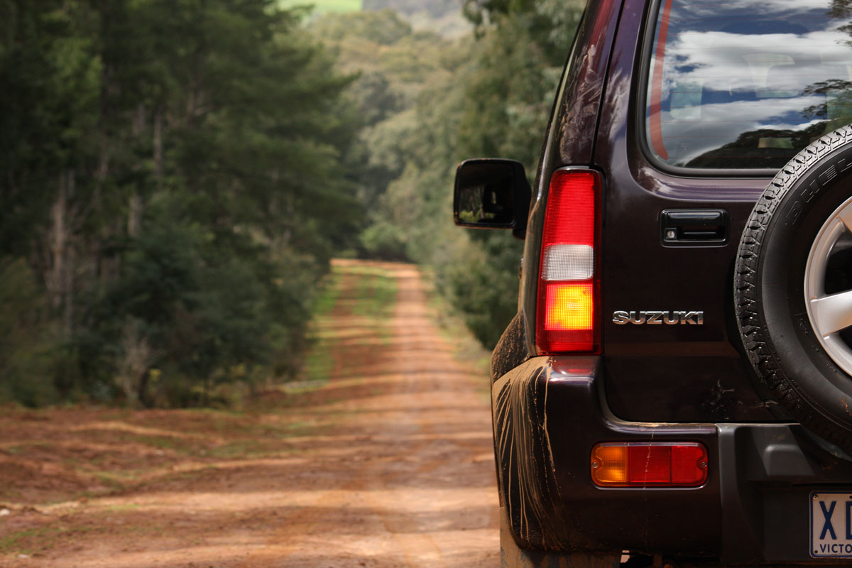 2009_suzuki_jimny_sierra_road-test-review_05.jpg