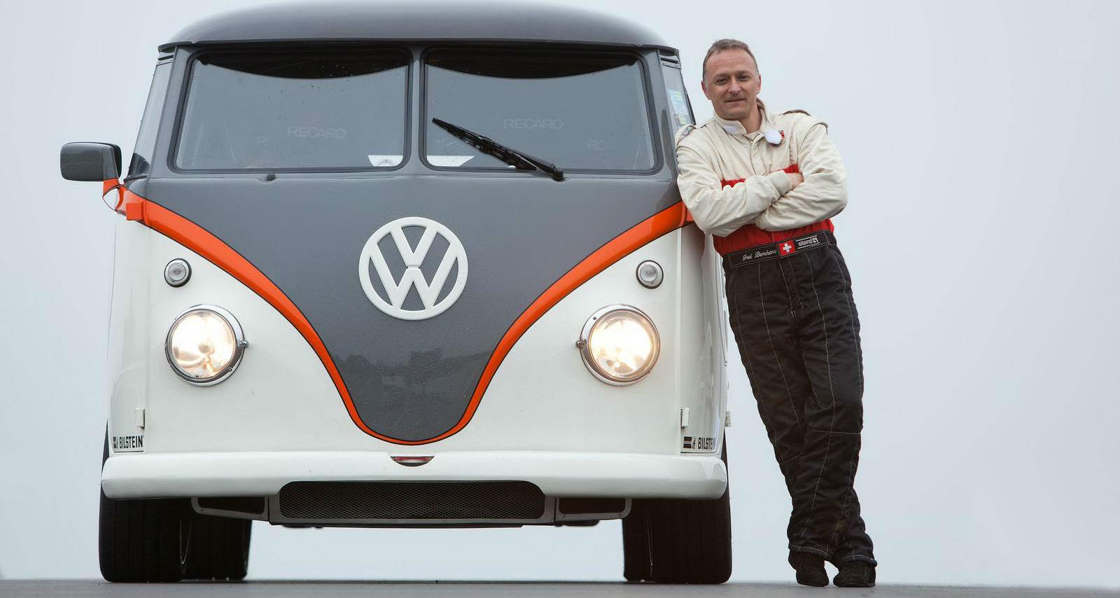 volkswagen_kombi_t1_racing_taxi_concept_fred_bernhard_02