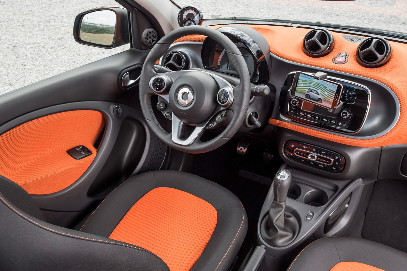 2015_smart_fortwo_official_09