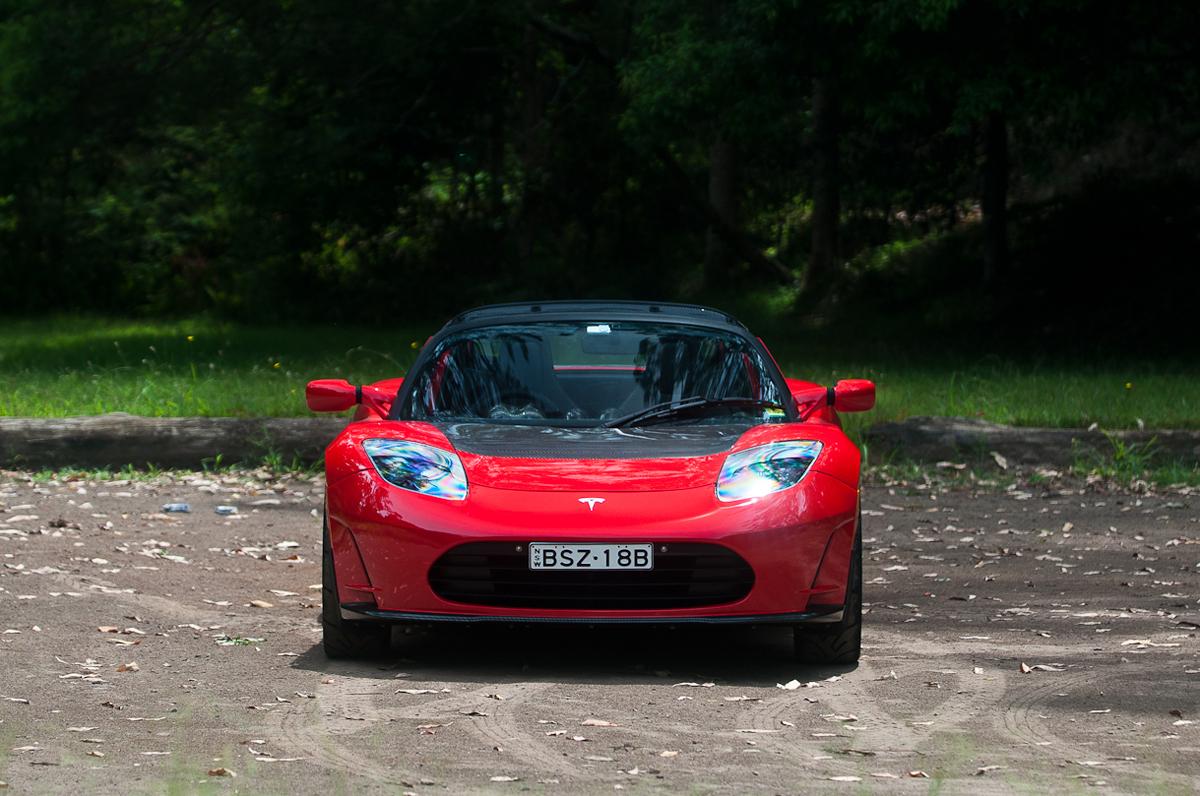 2011_tesla_roadster_2_5_static_forest_02