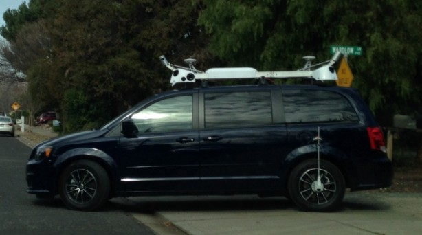 Apple Chrysler Grand Voyager Test Vehicle - Claycord