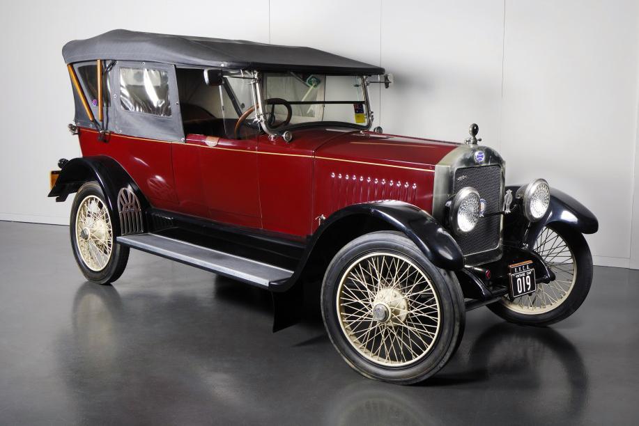 australian_car_manufacturing_history_03_australian_lincoln