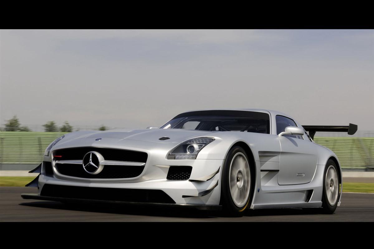 2010_mercedes_benz_sls_amg_gt3_race_car_010