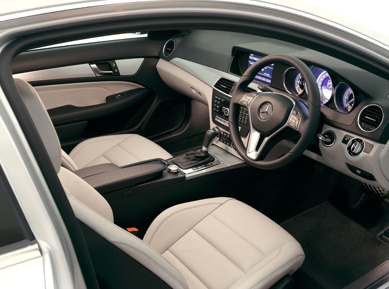2012_mercedes_benz_c_class_coupe_australia_06
