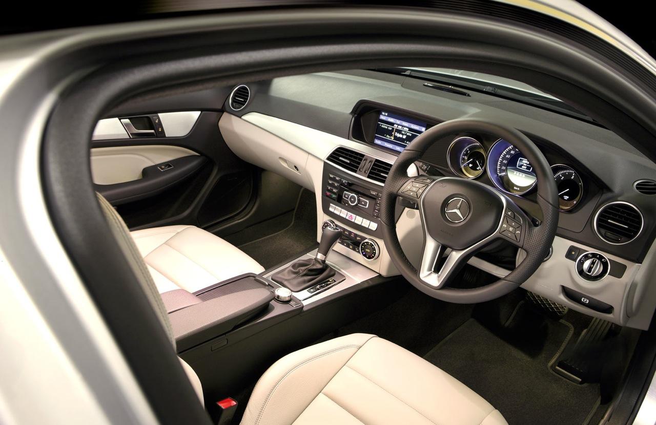 2012_mercedes_benz_c_class_coupe_australia_07