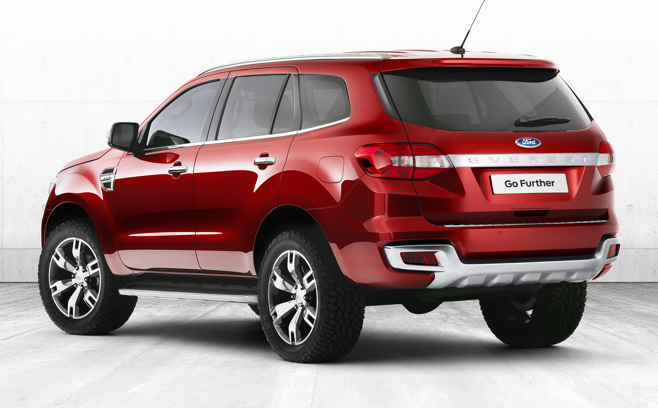 2014_ford_everest_suv_02