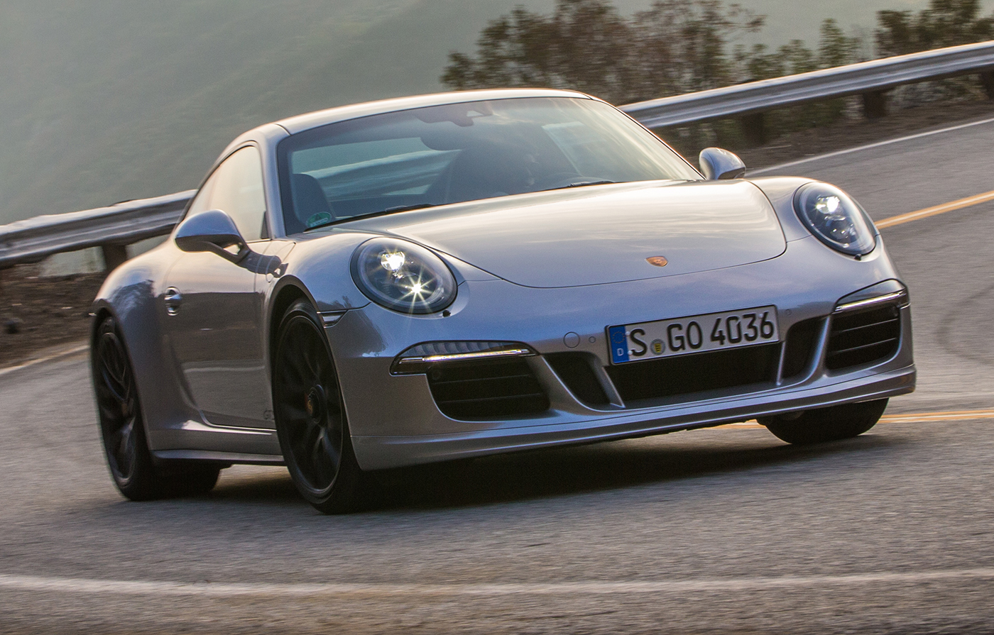 New Porsche 911 GTS Review