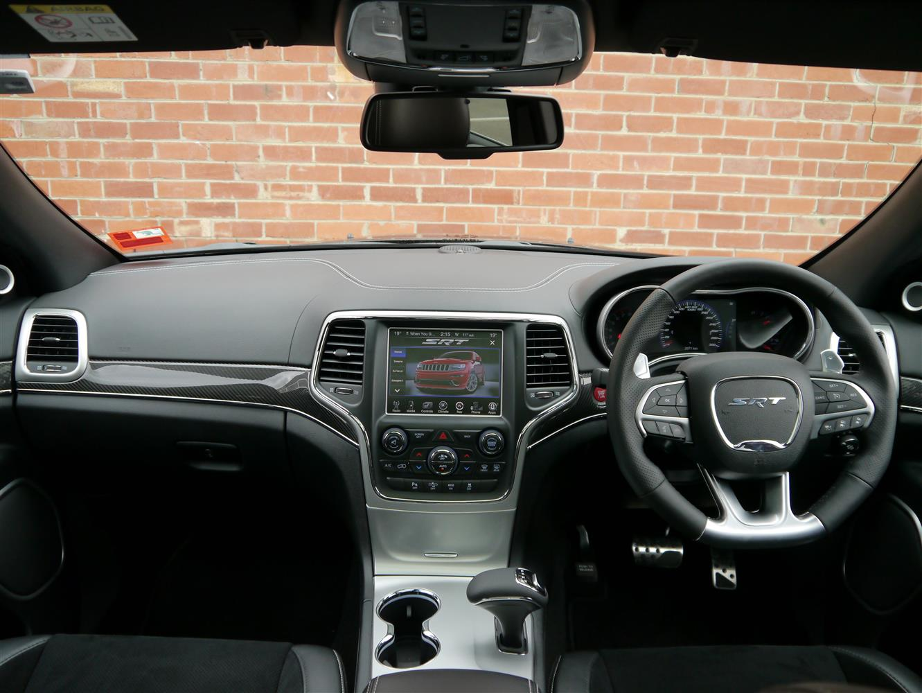 2013_jeep_grand_cherokee_srt_review_11