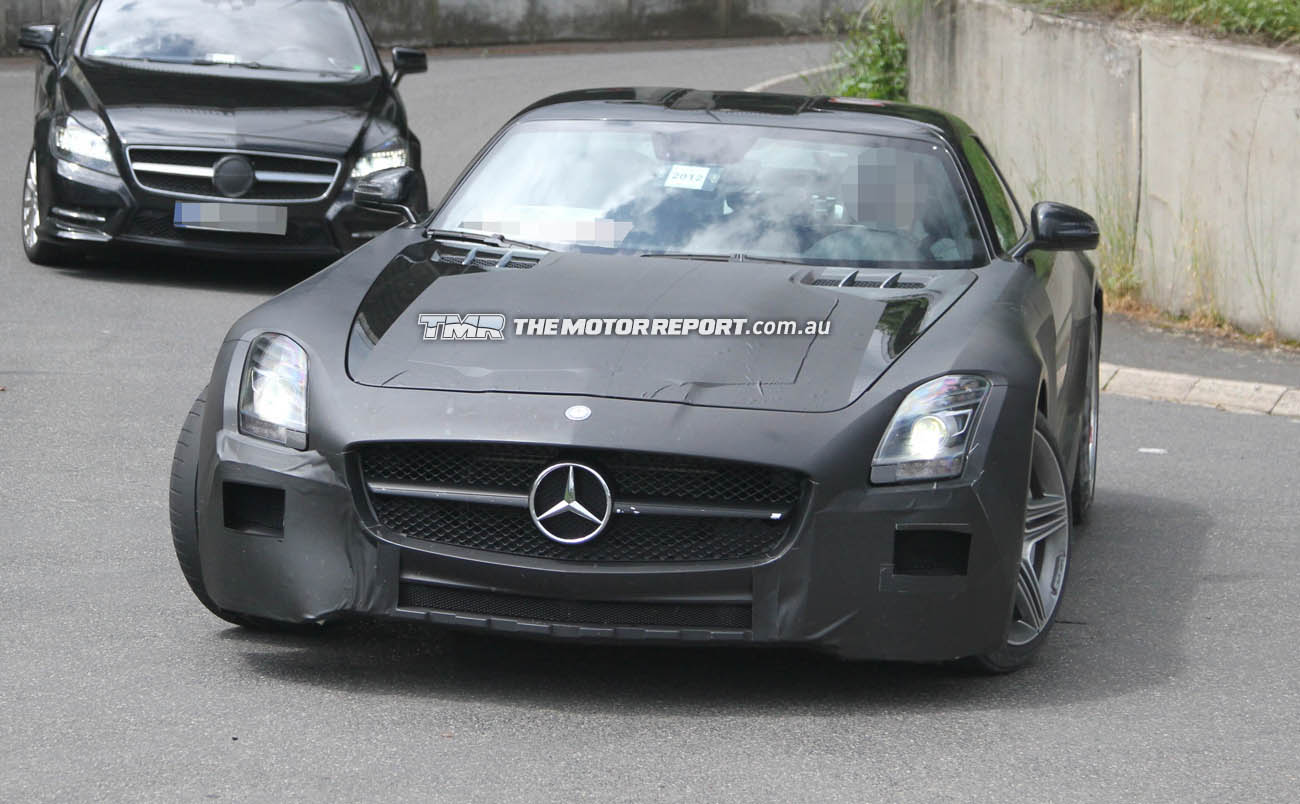 2014_mercedes_benz_slc_amg_spy_photos_01
