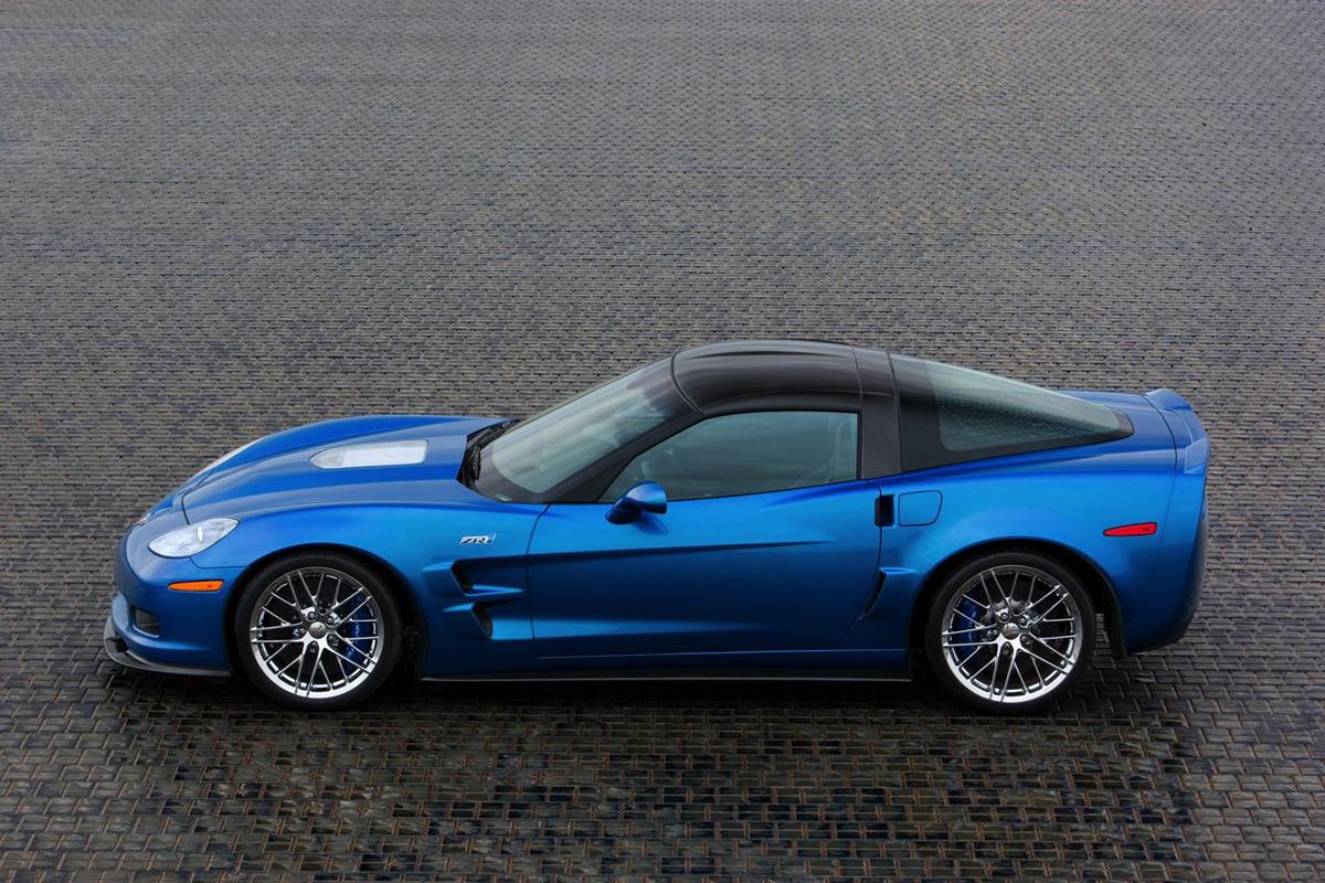 chevrolet-corvette-zr1-themotorreport-42.jpg